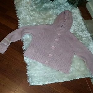 Pretty crop style vintage hooded sweater